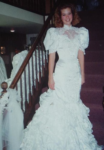 1992 wedding dress not my style but it looks awesome on