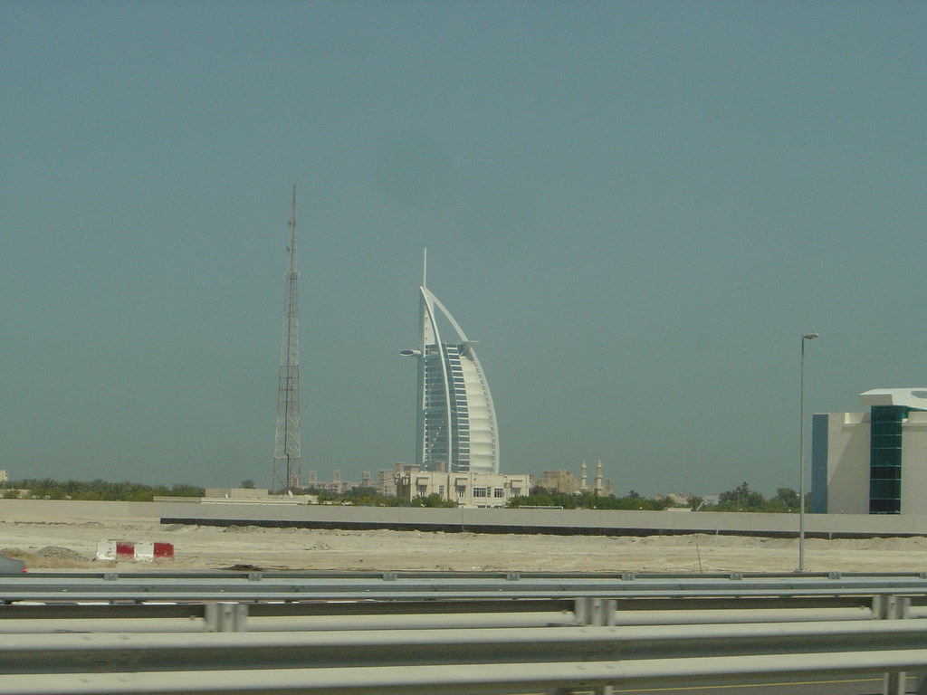The sail 7 star hotel in dubai also known as the burj for The sail hotel dubai