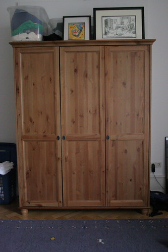 for sale ikea 3 door leksvik closet kleiderschrank 3 t flickr. Black Bedroom Furniture Sets. Home Design Ideas