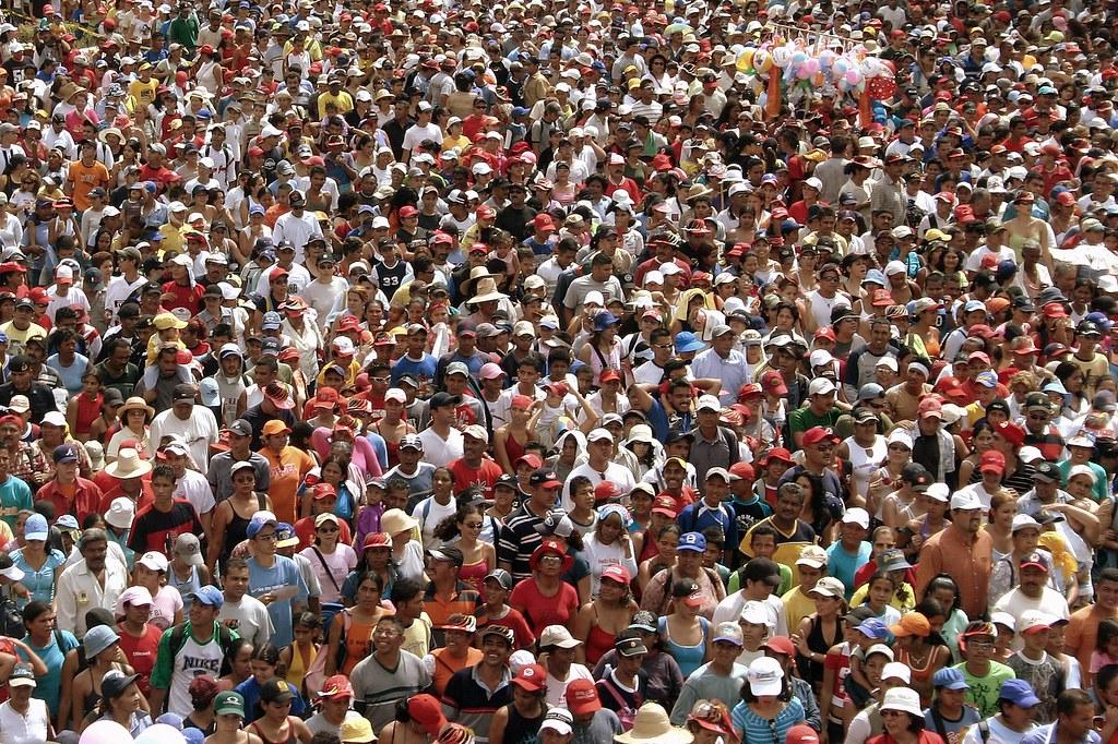 What Is A Pa >> Sobrepoblación | Procesión 2005 de la Virgen de la Divina Pa… | Flickr