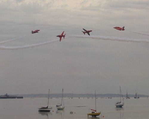 Red Arrows having fun | by Partjob