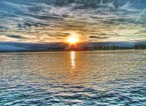 Lake chickamauga sun set taken from the end of a fishing for Lake chickamauga fishing