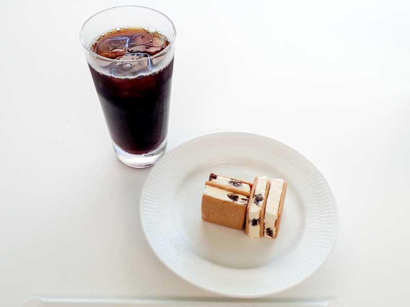 マルセイアイスサンドとアイスコーヒー
