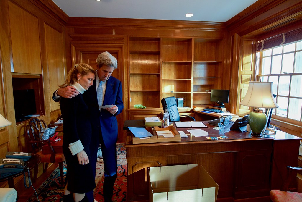 Secretary Kerry Hugs His Daughter In His Office On His Fin Flickr