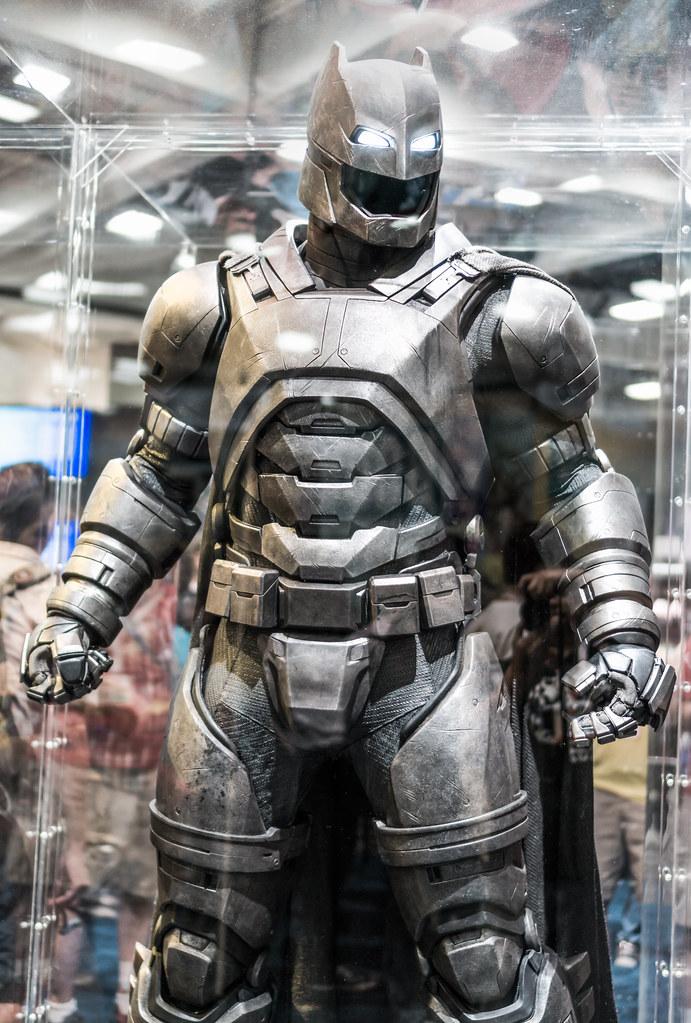 San Diego Comic Con 2015 Batman Vs Superman Battle Suit