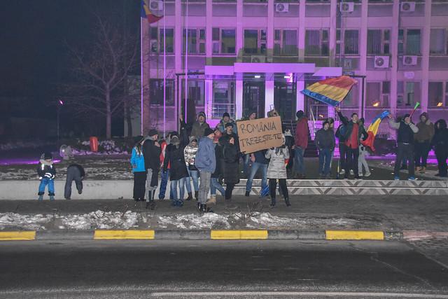 """""""Abrogați Ordonanța Rușinii"""" - protest - Tecuci - 02 februarie 2017"""