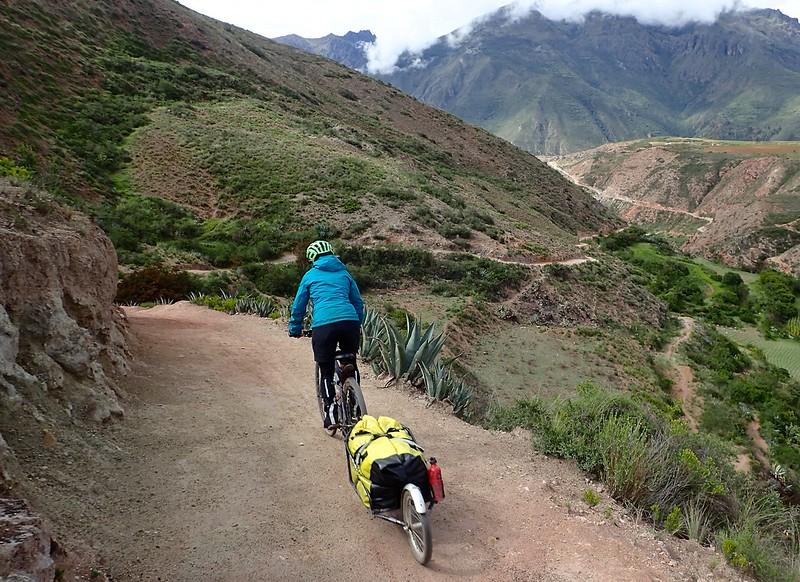 De camino a las salinas de Maras.
