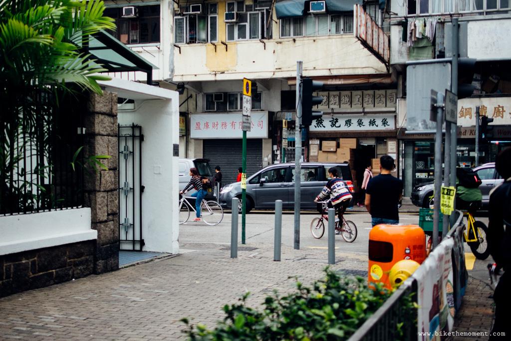 無標題  《假如讓我泊下去2 九龍中西篇》﹣香港市區單車位的幻想影集 18069423134 b5dcaf7f2e o