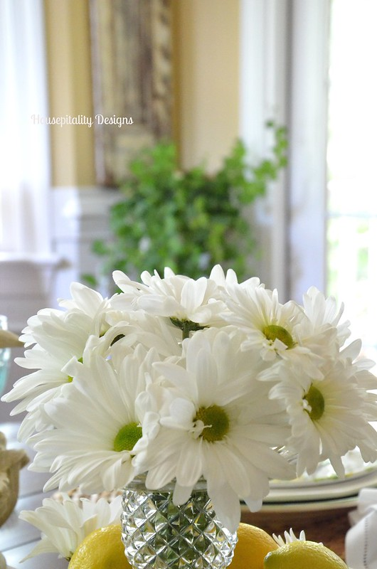 Lemon/Daisy Centerpiece-Housepitality Designs