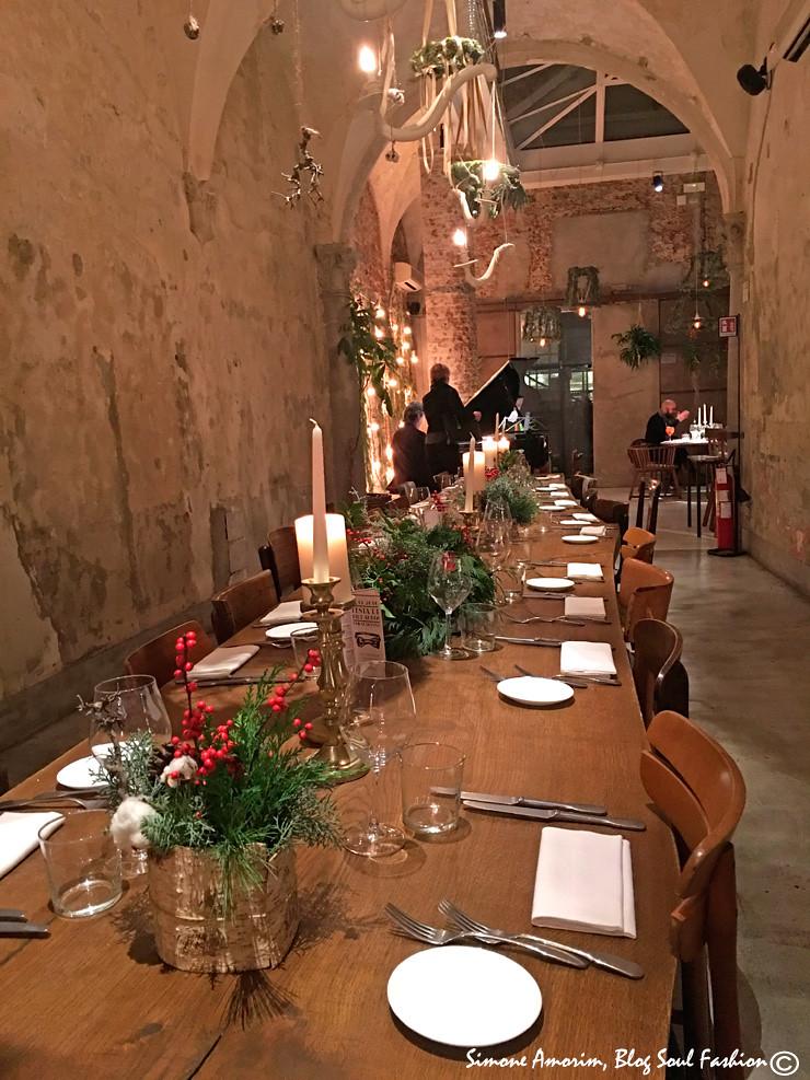 Amei a decoração do La Ménagère. Mensa linda para o jantar.
