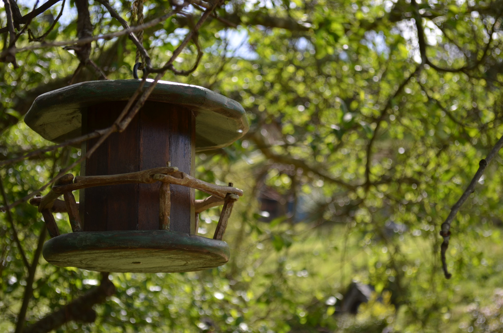 Hobbiton - bird house