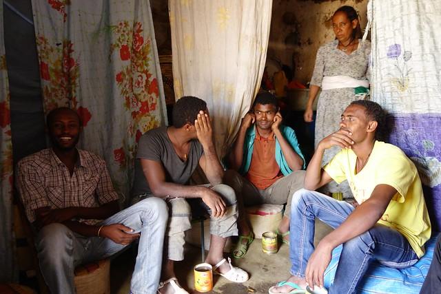 Fazendo amigos em Gorgora, Etiópia