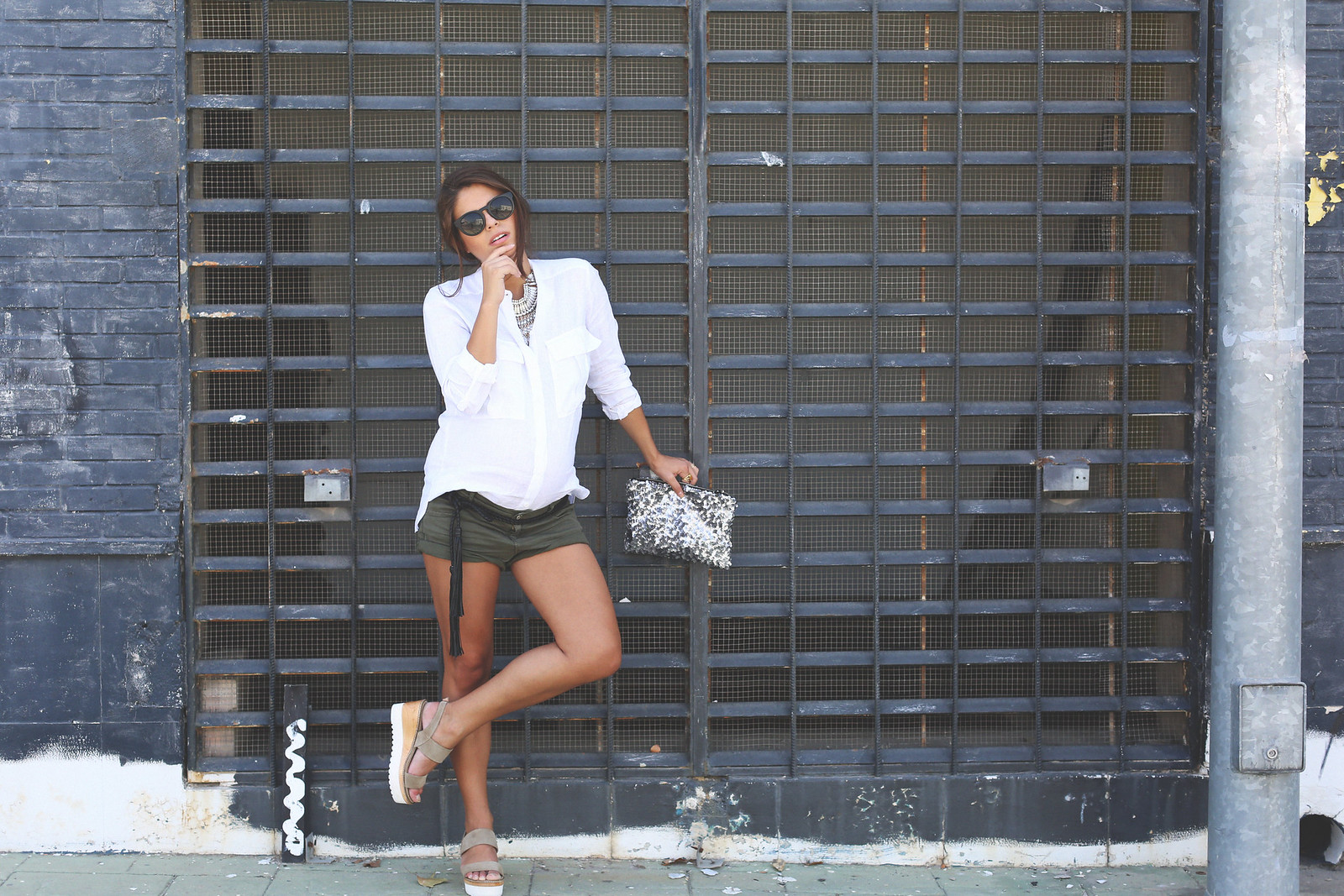 3. white linen shirt khaki shorts wedges shoes - jessie chanes - pregnancy