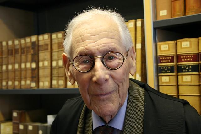 Professor Kurt Lipstein