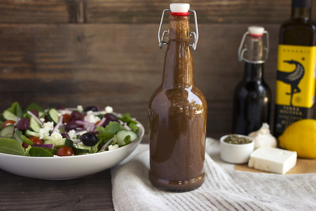 Dad's Greek Dressing Recipe - Tasty Yummies
