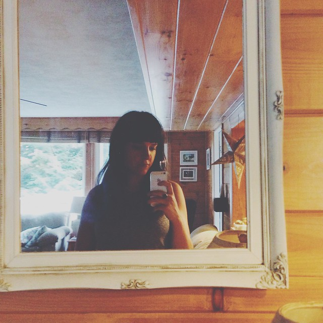 lake house mirror selfie