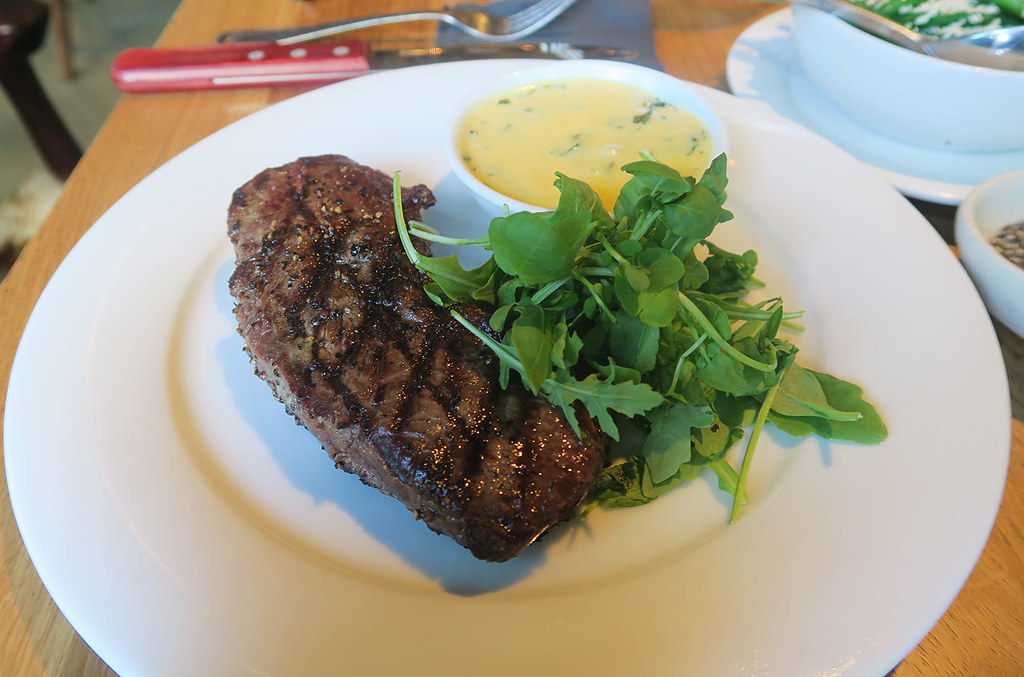 the-refinery-menu-sirloin-steak-main-course