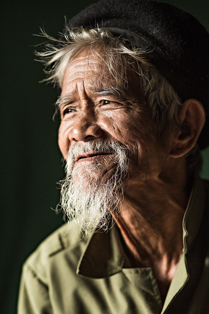 old man co tu in central vietnam rehahn photography flickr
