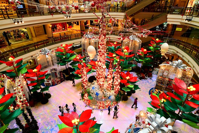 Christmas Is Here in 1 Utama Shopping Centre