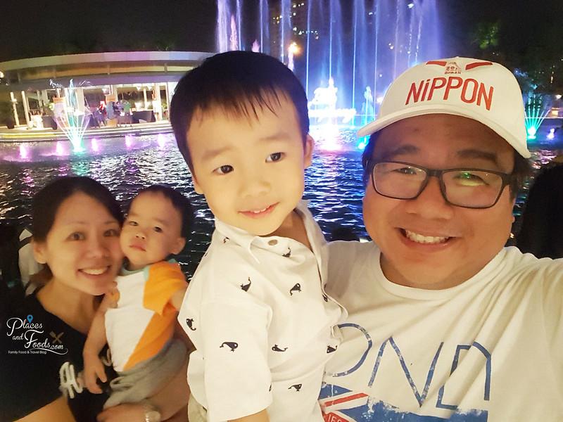 friso gold family photo