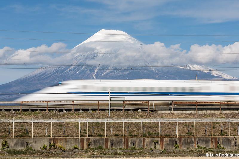Shinkansen-Monte-Fuji-43