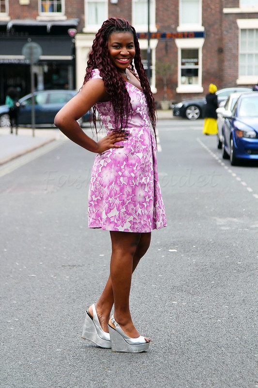 pink-floral-mini-dress-silver-peep-toe-wedges-shoes