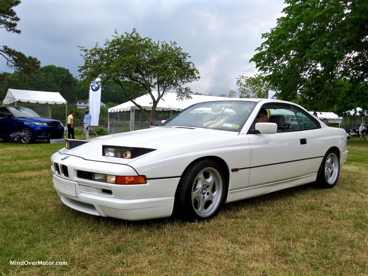 BMW 850CSi Headlights Up Front