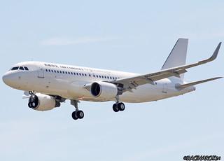 A320-200_TibetAirlines_F-WWDJ-002