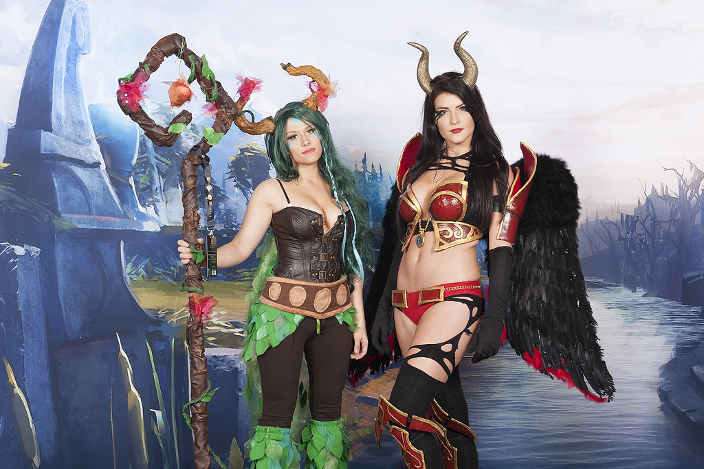 Cosplay At Ti By Dota  The International