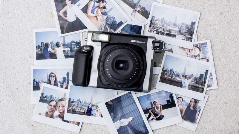 fujifilm-instax-wide-300-review-thumb