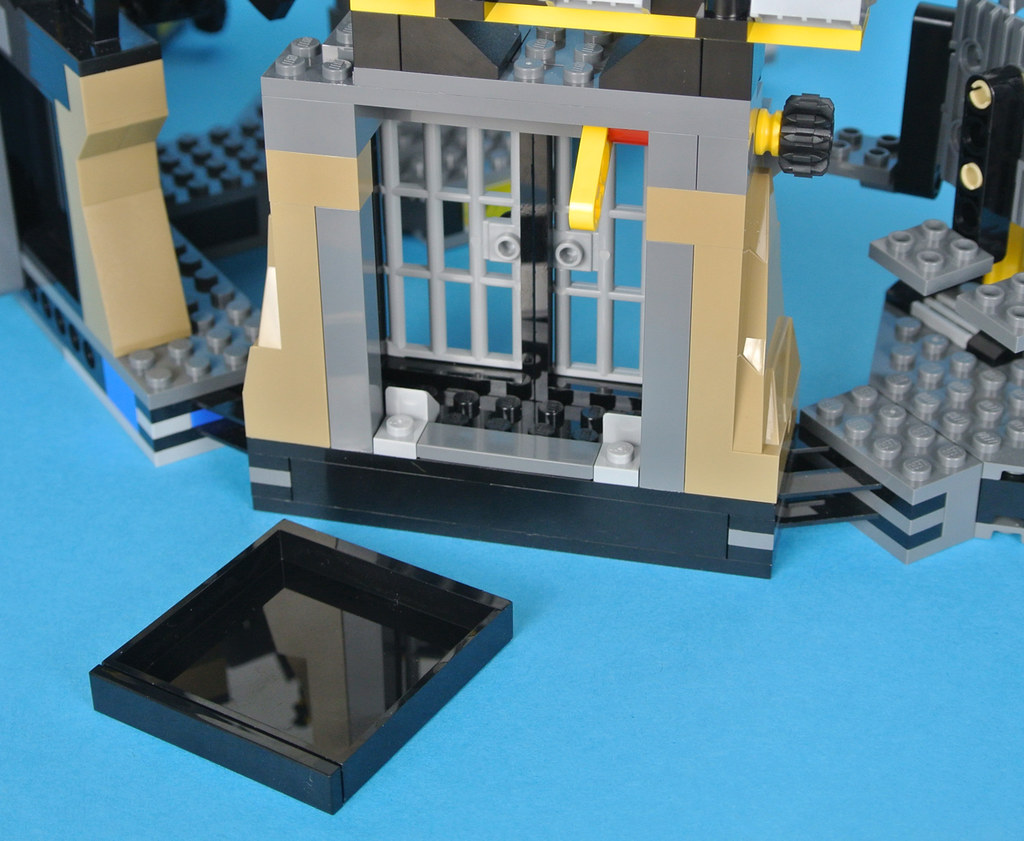 Review 70909 Batcave Break In Brickset Lego Set Guide And Database The Batman Movie Final Section Of Is Perhaps Most Important Batmans Tremendous Range Costumes A Defining Feature Character