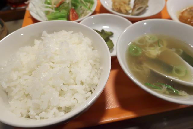 中華厨房 しのあ_07