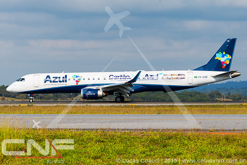 Embraer 195 Azul Linhas Aéreas PR-AXE