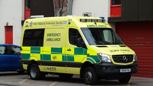 West midlands ambulance service 4215 emergency ambulan for Mercedes benz emergency number