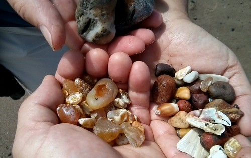 Minus tide = plus agates