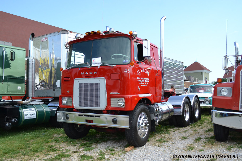 1973 Mack Tractor Truck : Mack fs l tractor trucks buses trains by
