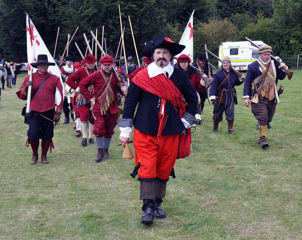 Battle Of Basing Battle Of Basing House Re Enactment By Th Flickr