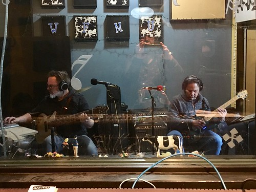 Recording amazing guitar-scales with Markus Reuter and Mark Wingfield for my @WFMU show, airing February 28. #markusreuter #markwingfield
