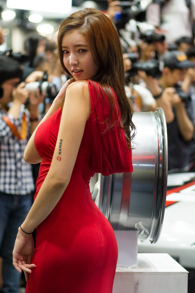 Seoul auto salon 2015 kim bo ra seoul auto salon 2015 for Image salon