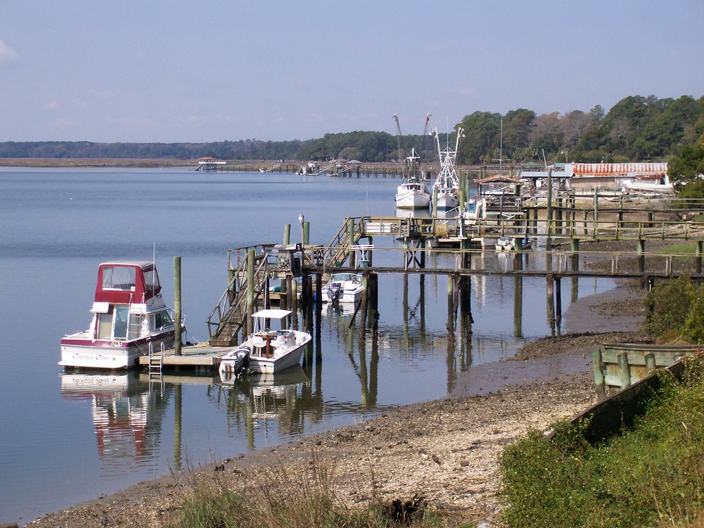 Jobs in bluffton sc fishing docks on the may river looking for Red fish bluffton sc