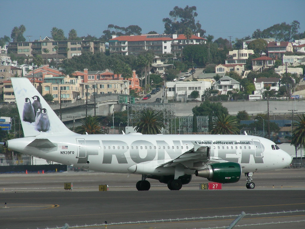 Frontier A319 N939FR | This Airbus A319-111 (N939FR) is ...