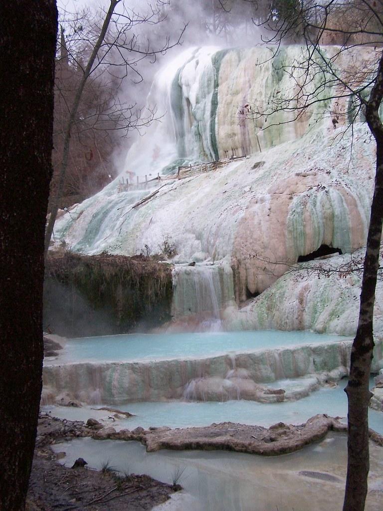Bagni san filippo a natural spa resort in tuscany hot - Bagni san filippo siena ...