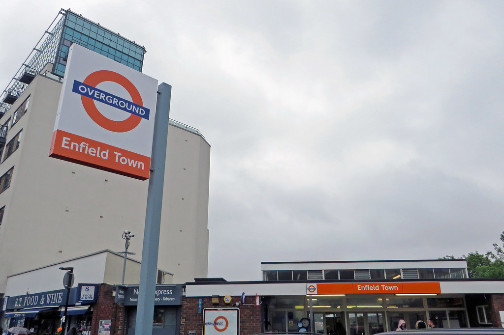 Enfield Town Overground Enfield Town by Diamond Geezer
