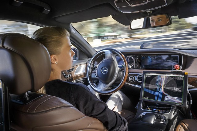 Mercedes-Benz Self Driving 1