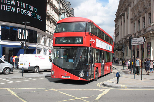 Arriva London North LT199 LTZ1199