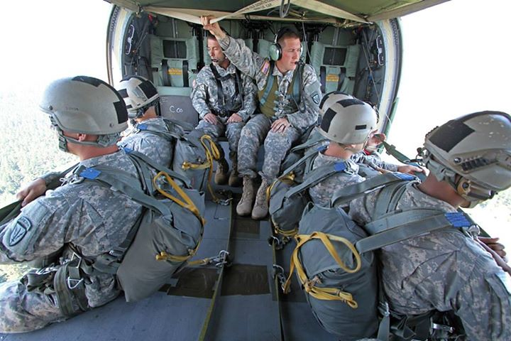 Surveillance >> Static-Line Airborne Operations | U.S. Army Soldiers, assign… | Flickr