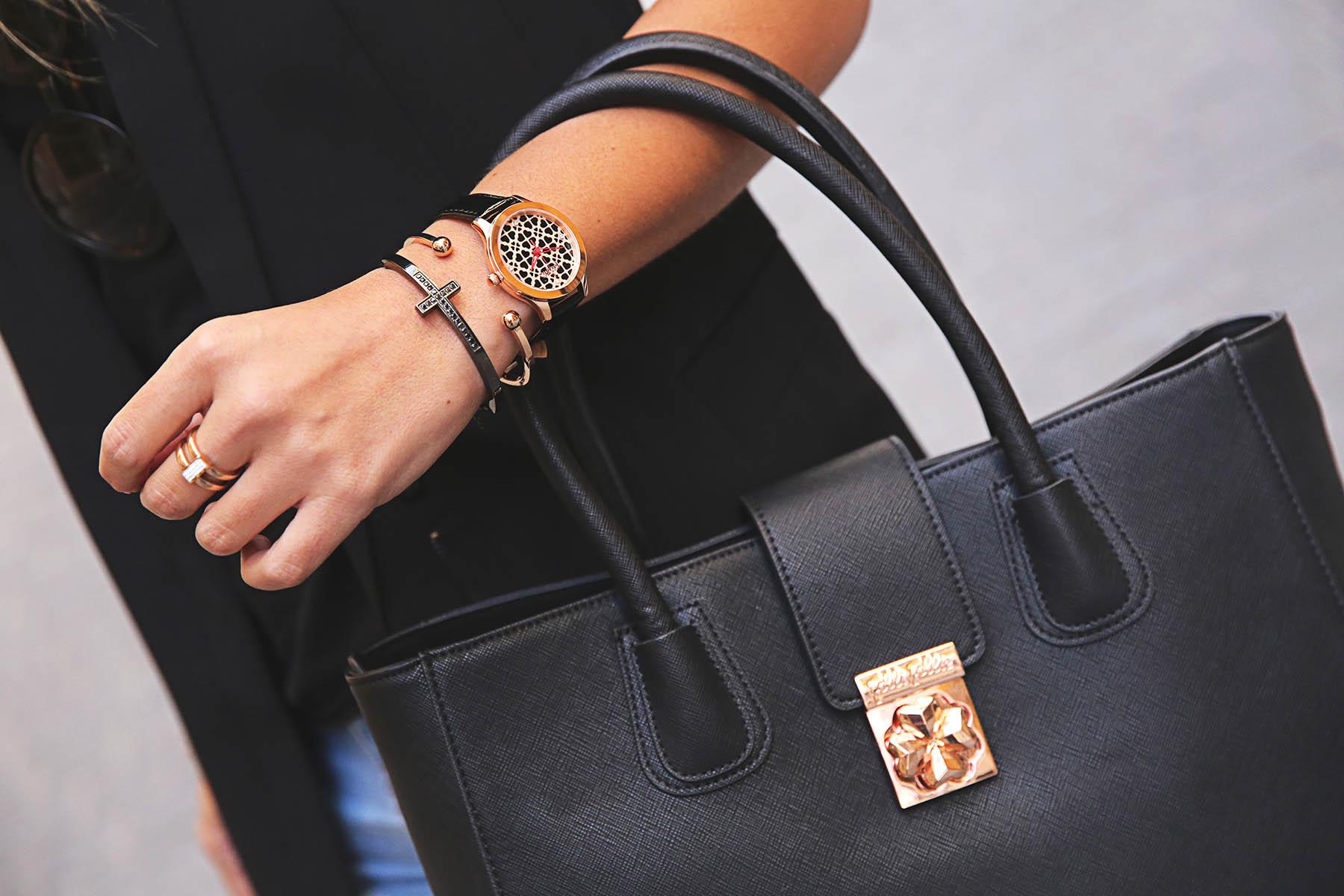 trendy-taste-look-outfit-street-style-ootd-blog-blogger-fashion-spain-moda-españa-leo-print-estiletos-mas34-leather-bag-denim-shorts-vaqueros-rotos-11