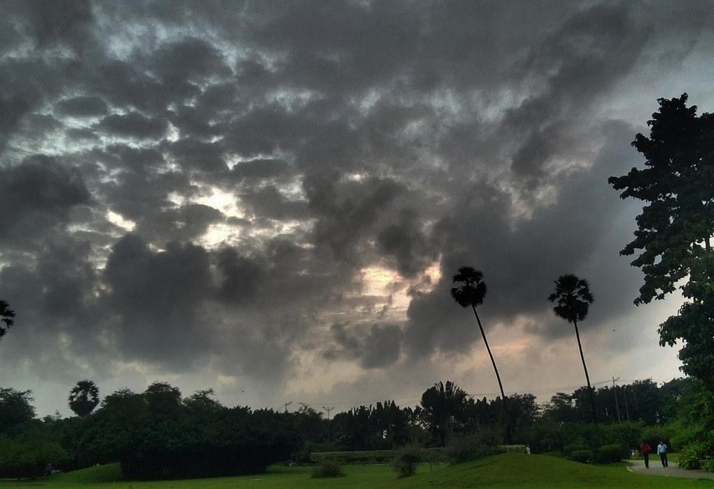 Monsoon SunSet 4