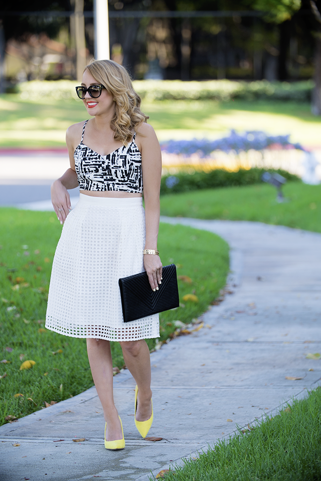 how to style a crop top and midi skirt