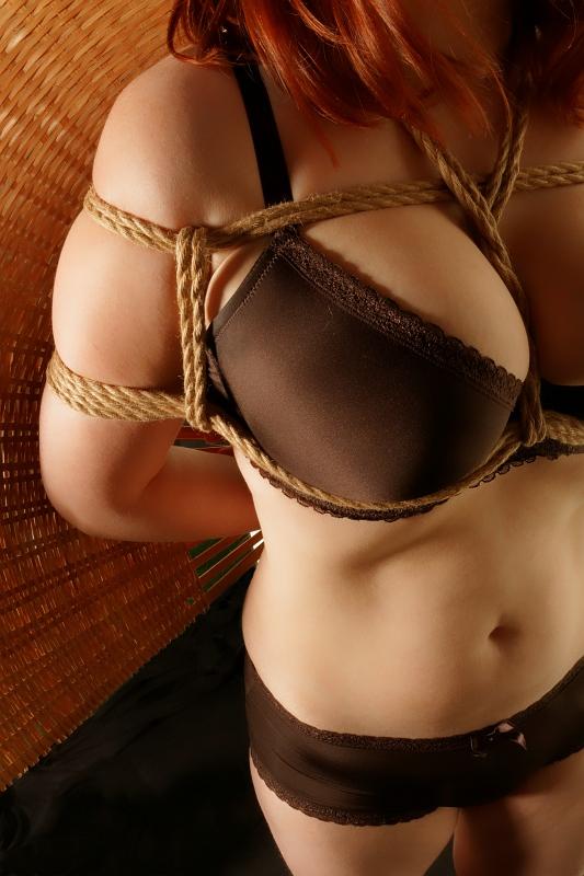 Hot chicks in string bikinis